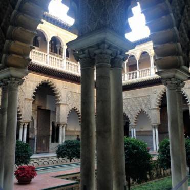 seville-spain-alcazar-interior-2015